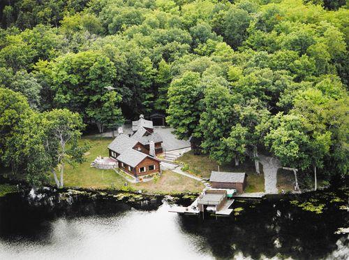 Quaker Cottage2